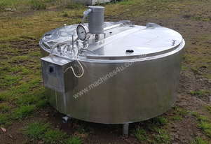 STAINLESS STEEL TANK, MILK VAT 900 LT