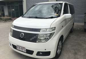 2005 Nissan Elgrand E51 HSW 5 Speed Automatic Wagon