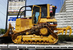 D5M D5N XL Dozers Screens & Sweeps DOZSWP