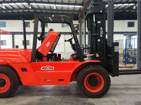 Wecan 10 Tonne Forklift 2 Stage Mast 2 Year 2000 Hour Warranty - picture0' - Click to enlarge