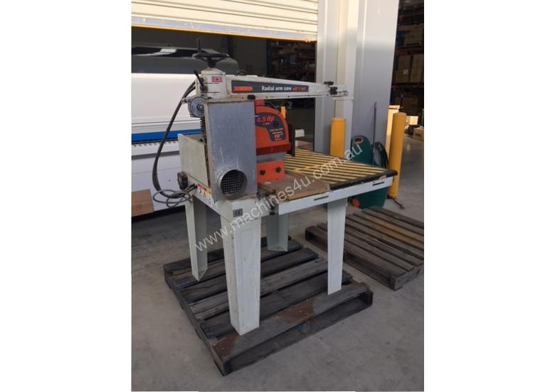 LEDA 620MM XCUT 4.5HP SAW WITH ROLLER TABLES