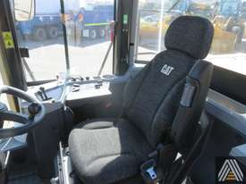 LATE MODEL CATERPILLAR 950GC WHEEL LOADER - picture12' - Click to enlarge