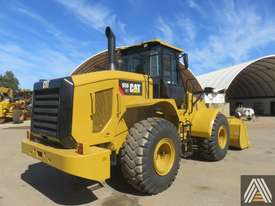 LATE MODEL CATERPILLAR 950GC WHEEL LOADER - picture16' - Click to enlarge