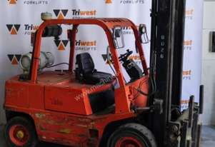 Yale 4T Forklift with Tyne Clamp