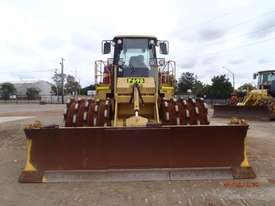 Caterpillar  Compactor Roller/Compacting - picture3' - Click to enlarge