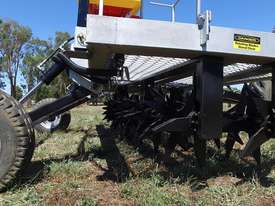 2018 FARMTECH AERVATOR GH-2404 MAXI QUAD GANG (LINKAGE, 2.4M CUT) - picture15' - Click to enlarge