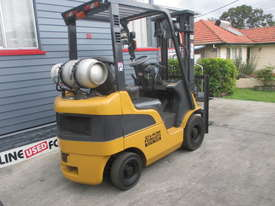 Caterpillar 1.8 ton LPG Repainted Used Forklift - picture3' - Click to enlarge