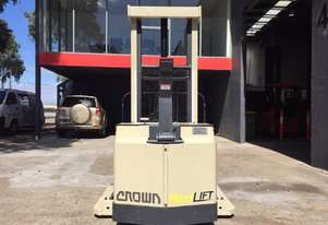 Crown 30WTF130A Heavy Duty Compact Walkie Stacker 2.1M Low Mast & Brand New Batteries Fitted