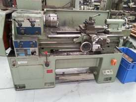 used centre lathe - picture0' - Click to enlarge