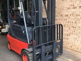 National Forklifts-Linde Late Model E18 4.7m Container Mast SS Great Battery !!! - picture2' - Click to enlarge
