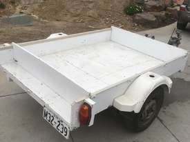 TRAILER (WHITE) HANDMADE - picture0' - Click to enlarge