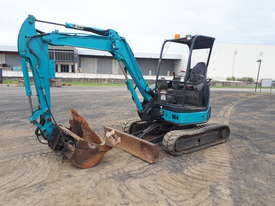 Airman AX35U-4 Excavator With Tilting Mud Bucket - picture0' - Click to enlarge
