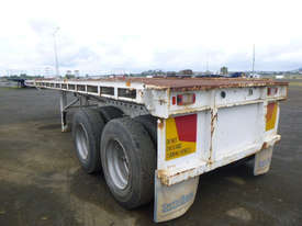 Fruehauf Semi Flat top Trailer - picture3' - Click to enlarge