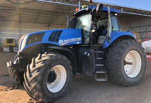 2013 New Holland T8.275 Row Crop Tractors