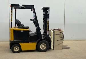 1.8T Battery Electric 4 Wheel Forklift