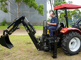 Tractor Backhoe LW7E Side Shift - picture2' - Click to enlarge