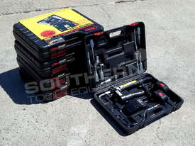 12 Volt Rechargeable Grease Gun New Model TFGG6 - picture4' - Click to enlarge