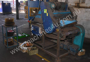 640mm wide conveyor fed feed wire brushing machine