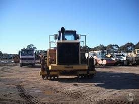 Caterpillar 825G II - picture2' - Click to enlarge