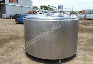 STAINLESS STEEL TANK, MILK VAT 3200 LT