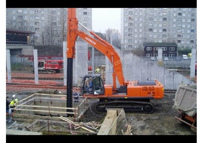 TELESCOPIC BOOM