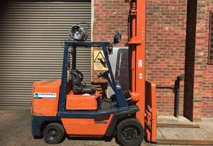Toyota 5FGC45 LPG / Petrol Counterbalance Forklift