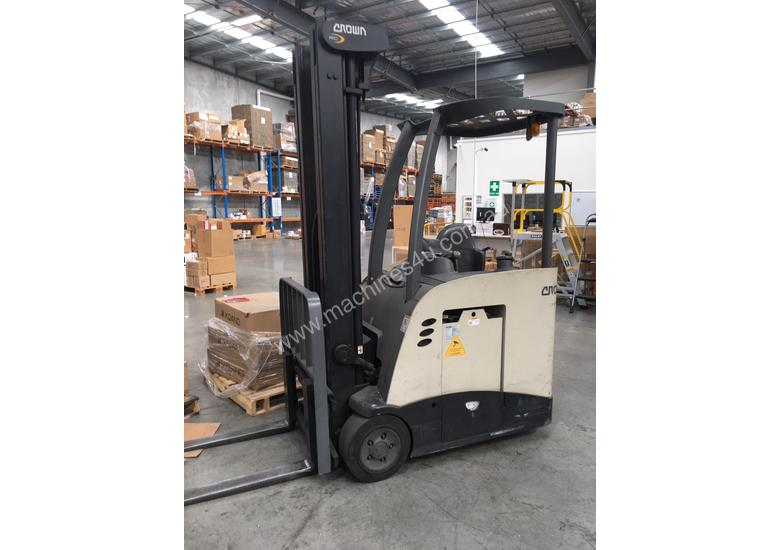Used Crown Rc 5500 Counterbalance Forklift In Listed