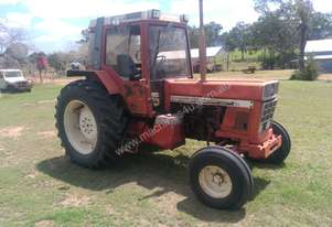 International IH 956XL Tractor