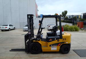 New 2.5t Diesel Container Forklift