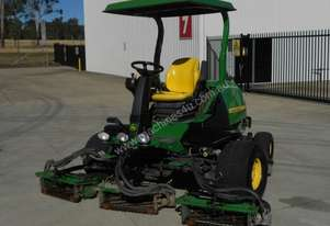 John Deere 7700 Golf Fairway mower Lawn Equipment