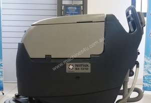 Excellent condition compact scrubber and dryer machine