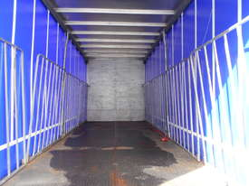 2010 U.D. PK9 CURTAINSIDER - picture10' - Click to enlarge