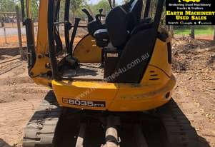 JCB 8035, 3.5ton Excavator, heaps of attachments. EMUS