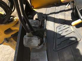 JCB 8035, 3.5ton Excavator, heaps of attachments. EMUS  - picture10' - Click to enlarge