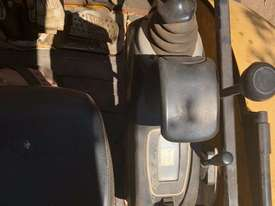 JCB 8035, 3.5ton Excavator, heaps of attachments. EMUS  - picture14' - Click to enlarge