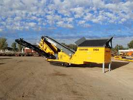 Barford S104 Tracked 2 Deck Screen - picture0' - Click to enlarge