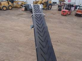 Barford S104 Tracked 3 Deck Screen - picture8' - Click to enlarge
