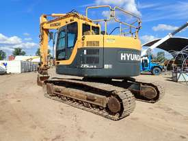 Hyundai R235LCR-9 Excavator - picture1' - Click to enlarge