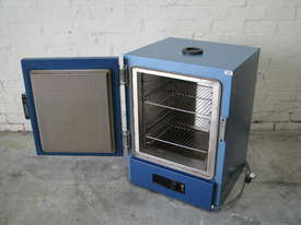 Laboratory Lab Incubator Oven - picture3' - Click to enlarge
