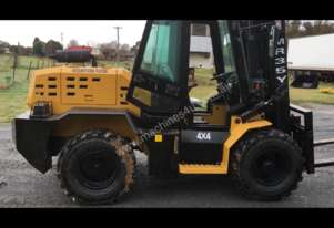 All Terrain 4 Wheel Drive 3.5 Ton Lifting Capacity Forklift