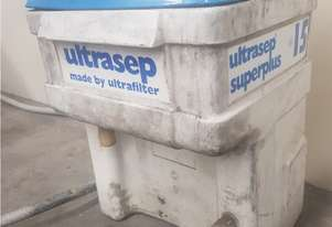 ULTRASEP OIL & WATER SEPARATOR SUPERPLUS 15 Pneumatic. Also AIR DRYERS, TANKS, PIPE & COMPRESSORS