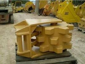 Labounty Dig Buckets & Attachments Shears Pulverisers - picture1' - Click to enlarge
