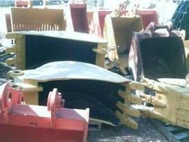 Labounty Dig Buckets & Attachments - picture3' - Click to enlarge
