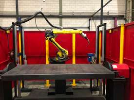 ROBOT WELDING SYSTEM - picture1' - Click to enlarge