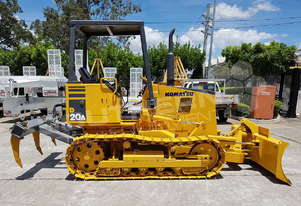 Komatsu D20A-7 Dozer with Rippers only 2107 hours DOZETC