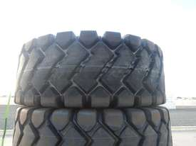 LOT # 0055 -- Unused Tyres 23.5- 25 24PR - picture1' - Click to enlarge