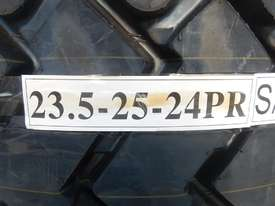 LOT # 0055 -- Unused Tyres 23.5- 25 24PR - picture2' - Click to enlarge