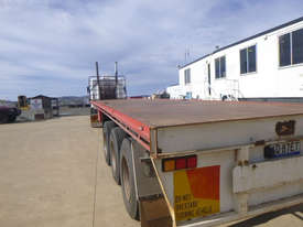 Wese Western  Flat top Trailer - picture1' - Click to enlarge