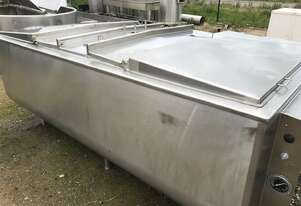 2,400ltr insulated stainless steel tank