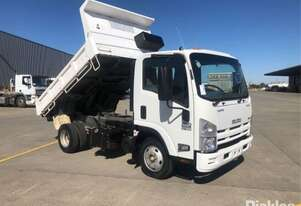 Isuzu 2010   NPR 200 Medium